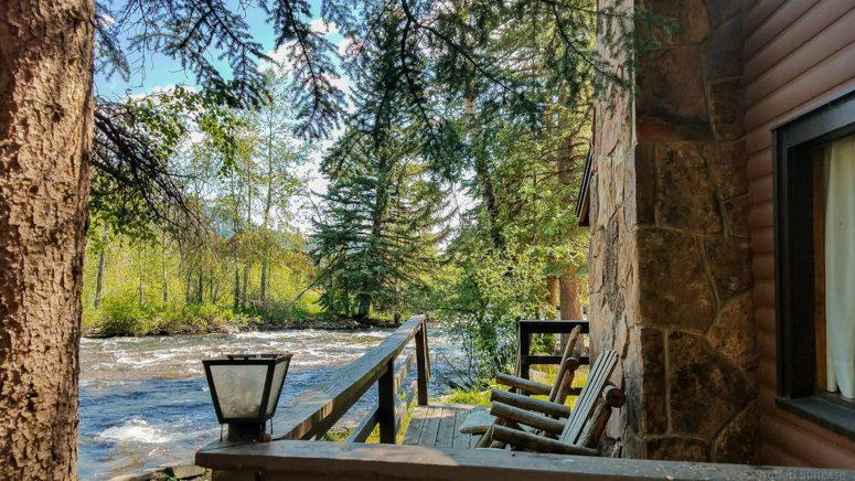 Riverfront Vacation Rental Estes Park CO