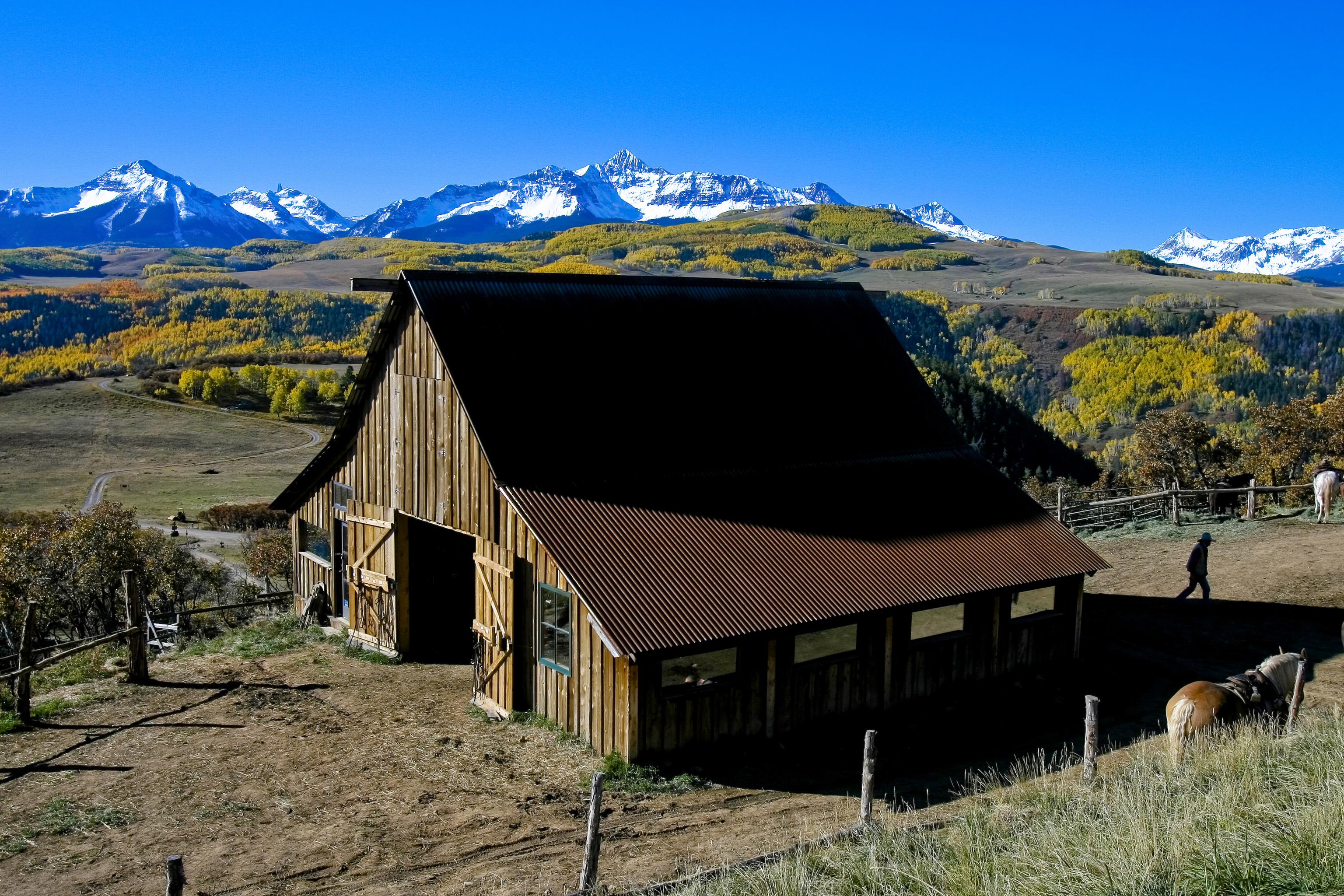 Colorado Mountain Living in Rustic CO